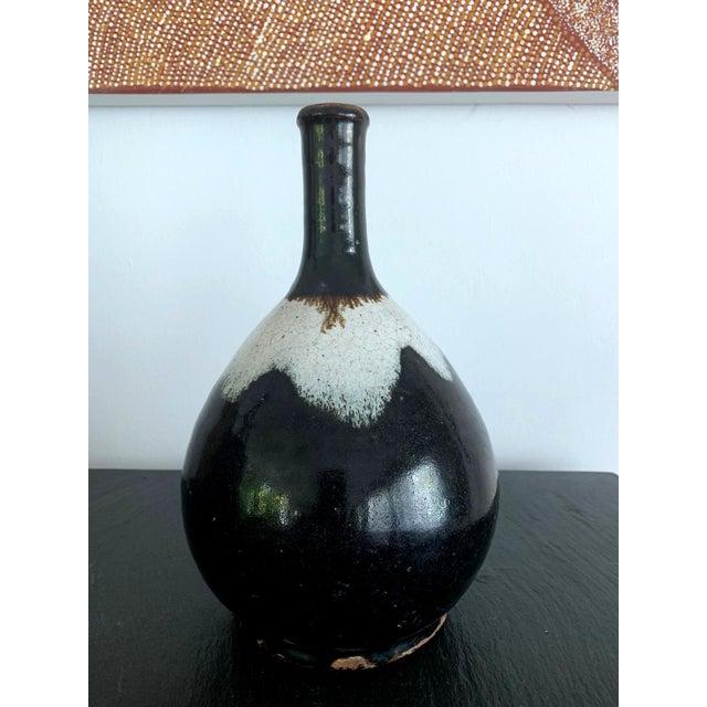 18th Century Japanese Ceramic Sake Bottle Chosen Karatsu Ware For Sale - Image 5 of 12