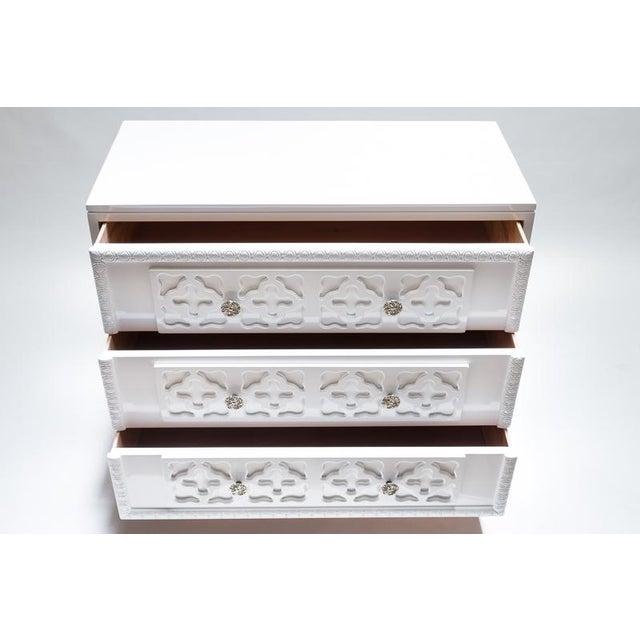 White Lacquer Trellis Dresser - Image 5 of 6