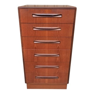 Vintage Mid-Century Modern Teak G-Plan Chest of Drawers For Sale