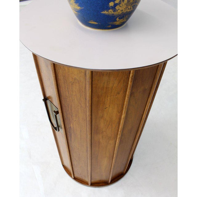 Mid-Century Modern Round Cylinder Shape Pedestal Bar Cabinet Storage Cabinet With Brass Hardware For Sale - Image 3 of 12
