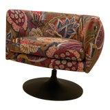 Image of d'Urso Swivel Chair for Knoll in Schumacher Zanzibar Fabric For Sale