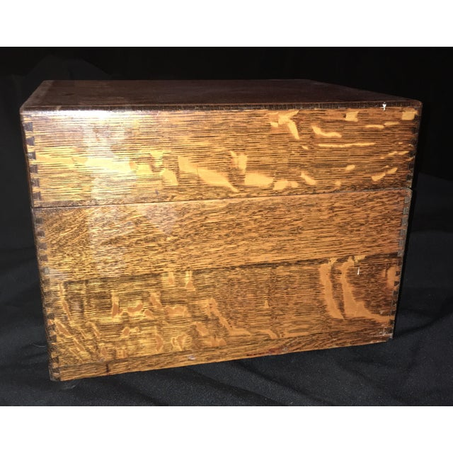 1920s Arts and Crafts Flamed Oak Filing Box For Sale - Image 4 of 6