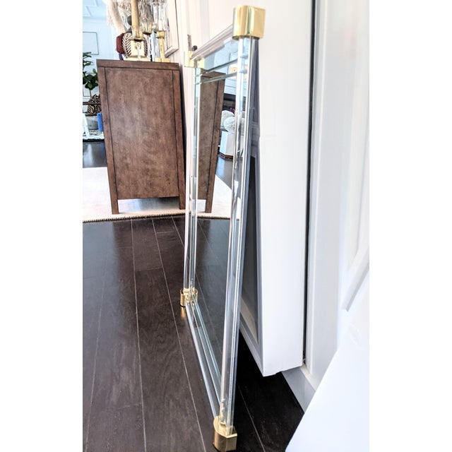 Mid-Century Modern Vintage 1970s Lucite Framed Wall Mirror With Brass Corner Details For Sale - Image 3 of 8