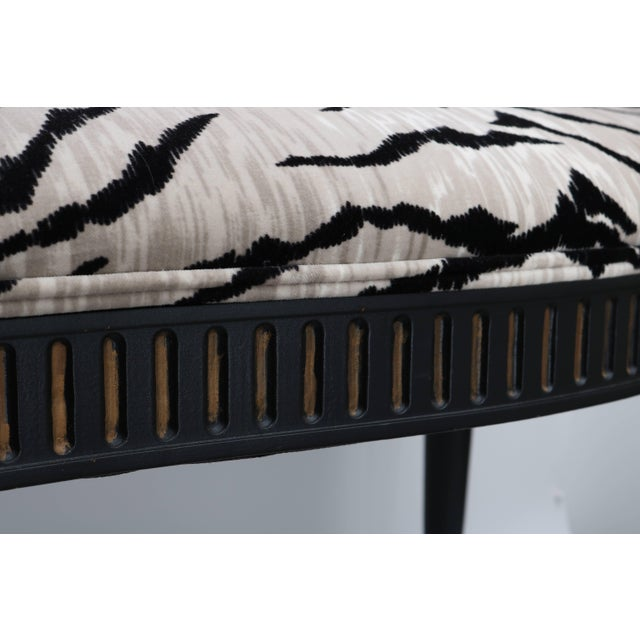 Louis XVI Bench in Black and Gold With Bengal Tiger Motif Fabric For Sale In West Palm - Image 6 of 9