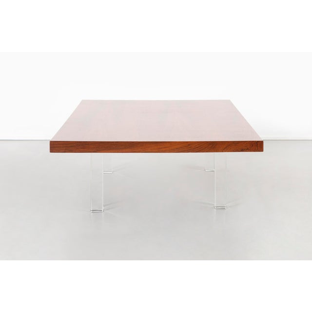 Milo Baughman for Thayer Coggin Milo Baughman Rosewood and Lucite Coffee Table For Sale - Image 4 of 10