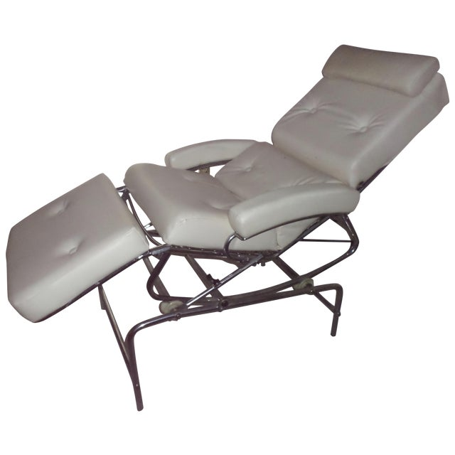 Vintage 1960s Lama Chrome Lounge Massage Chair For Sale