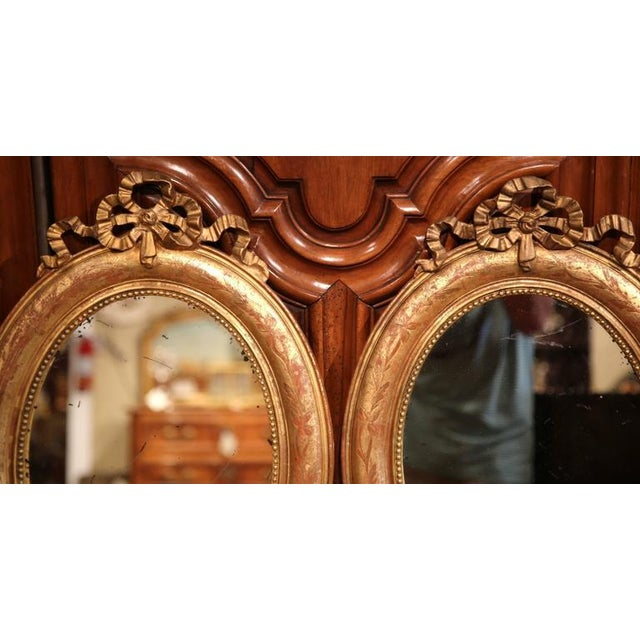 French 18th Century French Louis XVI Oval Gilt Ribbon Bow Mirrors - a Pair For Sale - Image 3 of 9