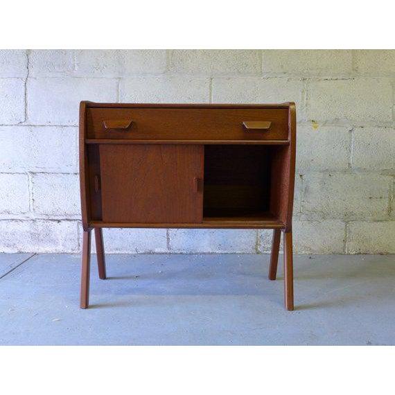 Mid Century Modern Teak Cabinet / Mini Credenza For Sale - Image 4 of 7