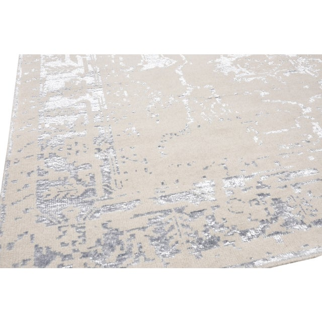 Pasargad Silk & Wool Fusion Rug - 9′ × 12′ For Sale - Image 4 of 5