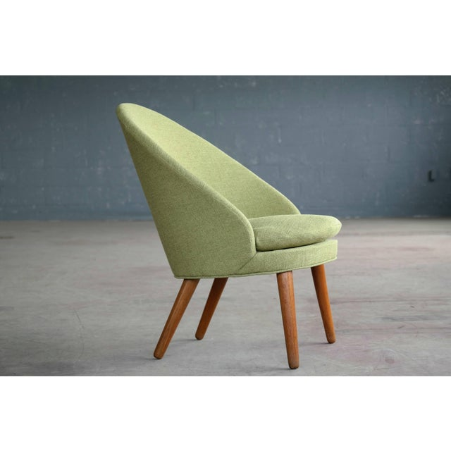 Oak Small Danish Easy Chair Model 301 by Ejvind A. Johansson for Gotfred H. Petersen For Sale - Image 7 of 10
