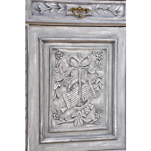 Traditional French Louis XVI-style Painted Buffet - Image 6 of 10