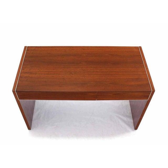 Glenn of California Hidden File Drawer Glenn California Mid Century Modern Walnut Writing Table Desk For Sale - Image 4 of 9