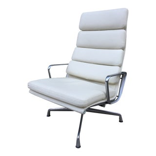 Charles and Ray Eames Soft Pad Lounge Chair For Sale