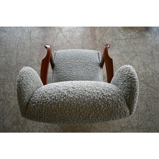 Fritz Hansen Model 1582 Wingback Lounge Chair in Grey Boucle Danish Midcentury For Sale - Image 9 of 13
