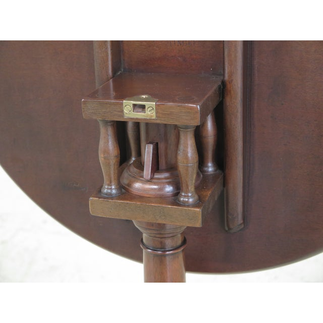 Kittinger Colonial Williamsburg Model CW-11 Mahogany Tilt Top Table For Sale - Image 5 of 11