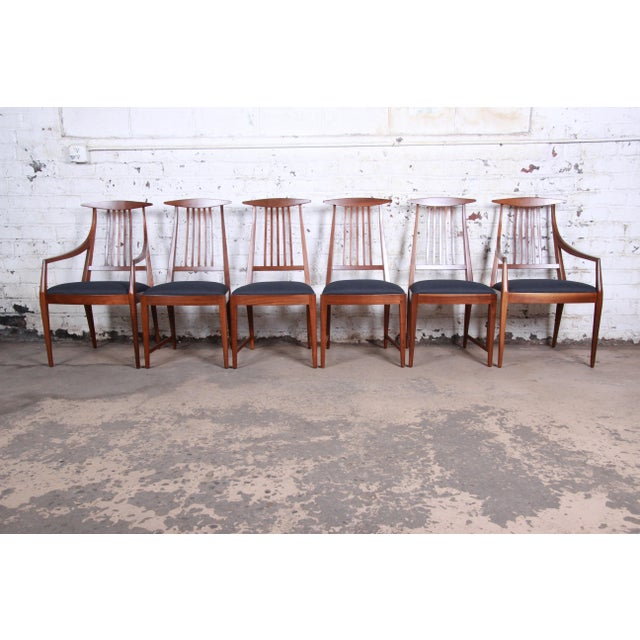 Kipp Stewart for Calvin Mid-Century Modern Walnut and Rosewood Dining Set, Newly Restored For Sale - Image 10 of 13