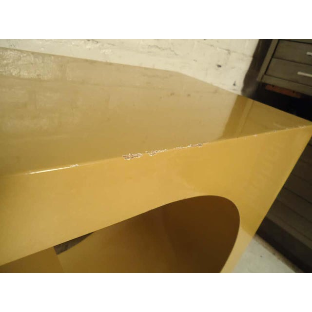 1960s Mod Style Lacquered Console For Sale In New York - Image 6 of 9