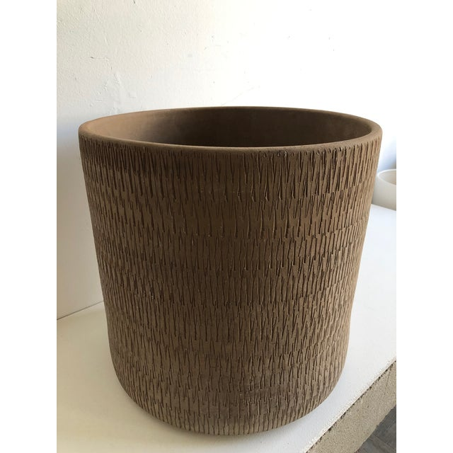 Gainey Pottery Mid Century Planter by Gainey Ceramics Sgraffito Collection For Sale - Image 4 of 8