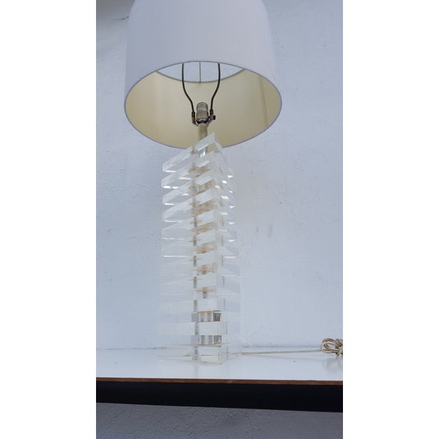 George Bullio Triangular Stacked Lucite Table Lamp For Sale - Image 4 of 8