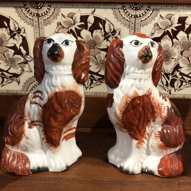 Chestnut Antique Staffordshire Dog Figurines - a Pair For Sale - Image 8 of 8