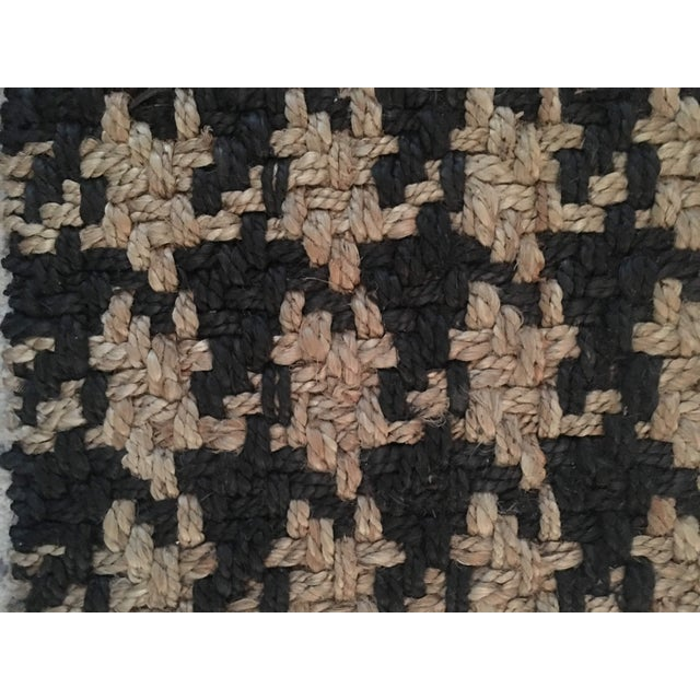 Transitional Classic Home Houndstooth Handspun Jute Rug - 5′ × 8′ For Sale - Image 3 of 12