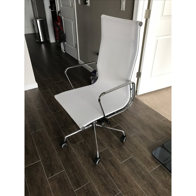 Eames Style High Back Mesh Office Chair - Image 2 of 7