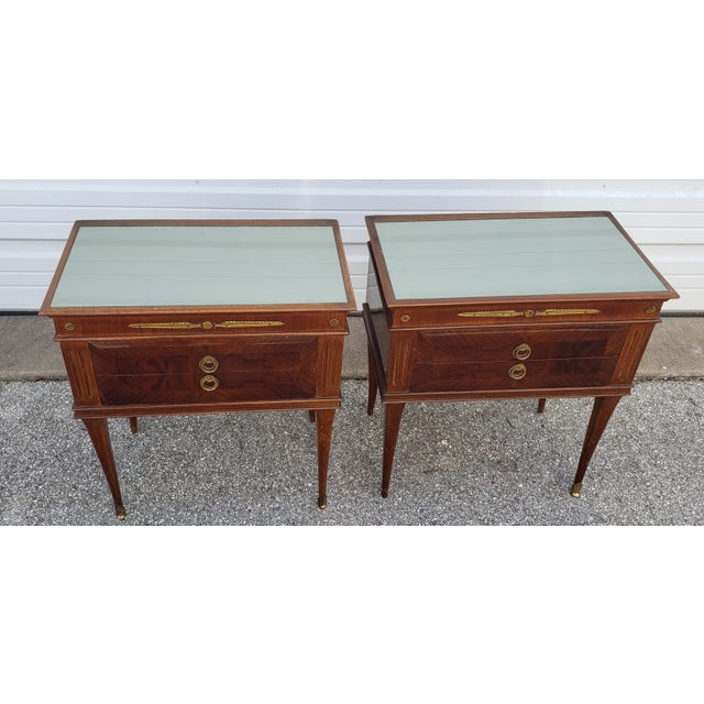 1950s 1950's Italian Mid-Century Modern Burled & Matched Paolo Buffa Manner Nightstand or End Table - a Pair For Sale - Image 5 of 12