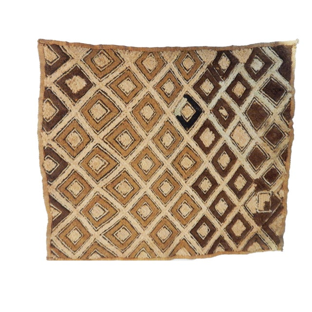 African Kuba Kasai Velvet Raffia Textile Zaire For Sale In New York - Image 6 of 10