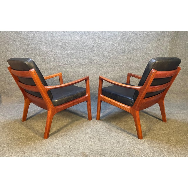 """1960s Pair of Vintage Danish Mid Century Modern Teak and Leather """"Senator"""" Lounge Chairs by Ole Wanscher For Sale - Image 5 of 12"""