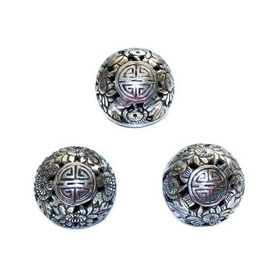 Sterling Asian Motif Ring and Earrings Set, Vintage For Sale - Image 4 of 5