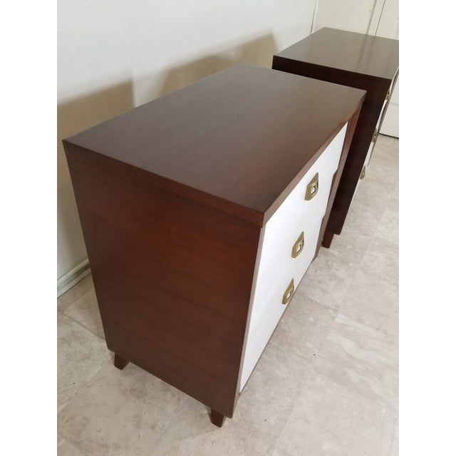 Modern Pair of Modern Chest of Drawers For Sale - Image 3 of 13