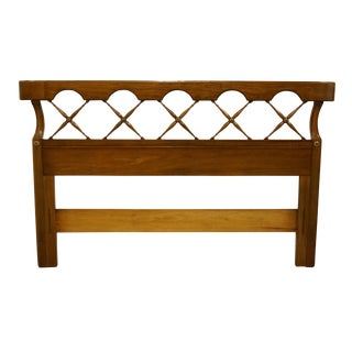 Late 20th Century Thomasville Furniture Palladian Hall Collection Queen Size Headboard For Sale
