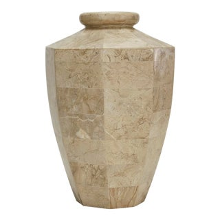1990s Contemporary Marquis Collection Octagonal Tessellated Cantor Stone Flower Vase For Sale