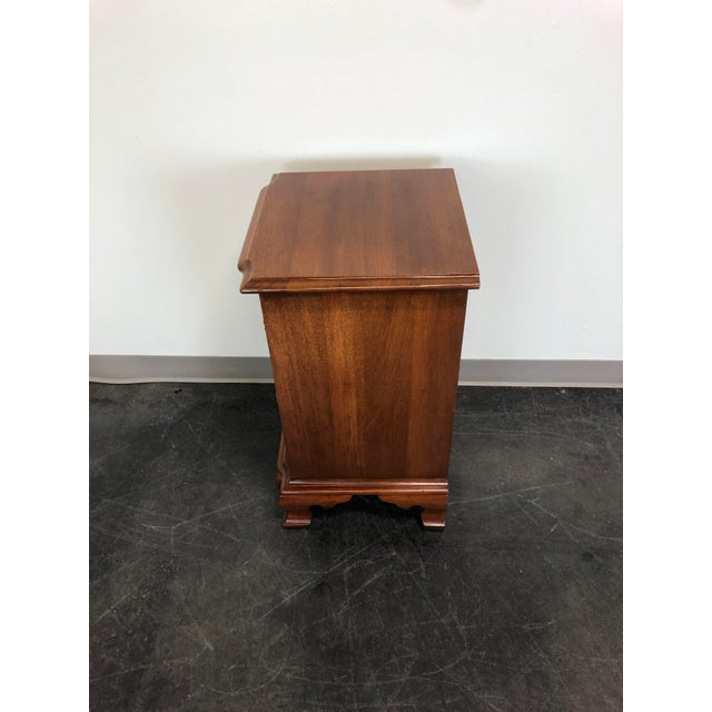 Late 20th Century Kling Golden Mahogany Chippendale Block Front Nightstand For Sale - Image 5 of 11