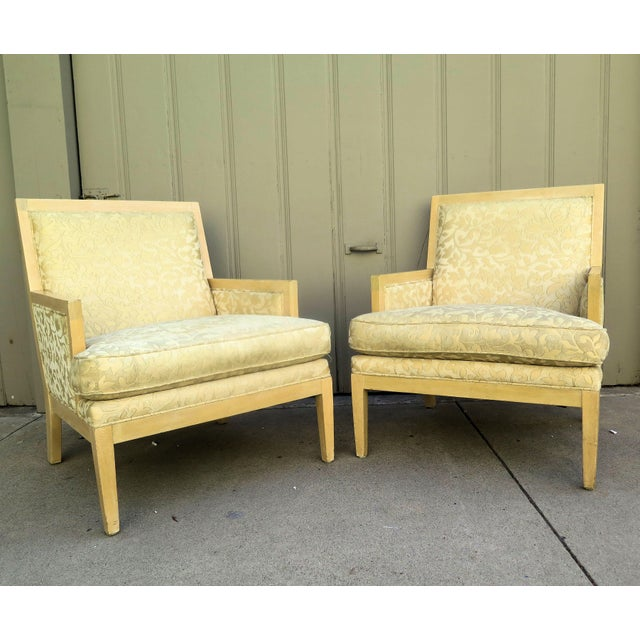 """Wood Late 20th Century Vintage Roger Thomas """"Hitchcock"""" Lounge Chair- A Pair For Sale - Image 7 of 7"""