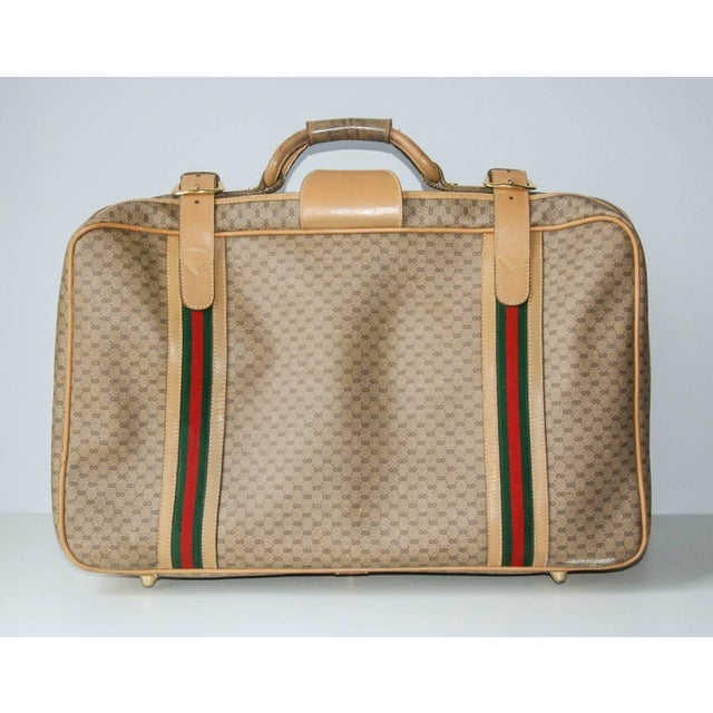 1970s 1970 Gucci Leather and Fabric Logo Suitcase With Brass Insignia For Sale - Image 5 of 11