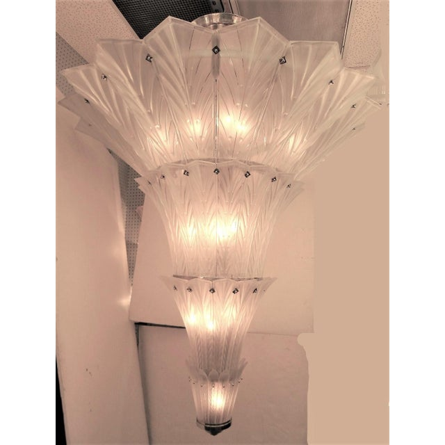 Palatial, Gigantic French Art Deco Art Glass Chandelier by Sabino For Sale - Image 9 of 13