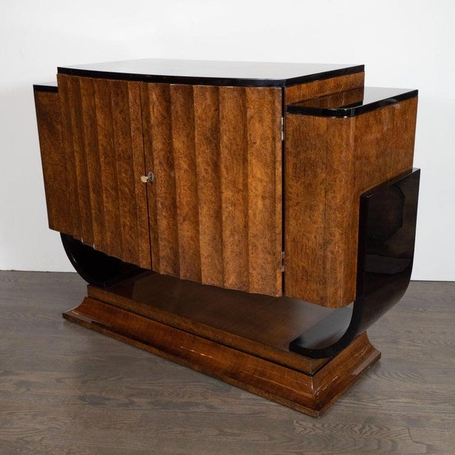 English Art Deco Streamlined Black Lacquer and Burled Carpathian Elm Cabinet For Sale In New York - Image 6 of 10