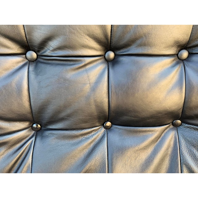 """Ekornes ASA Scandinavian Modern Ekornes """"Stressless"""" Lounge Chair With New Leather Seat For Sale - Image 4 of 9"""