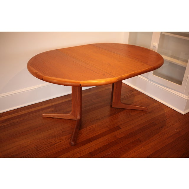 Solid Teak Round to Oval Dining Table - Image 10 of 10