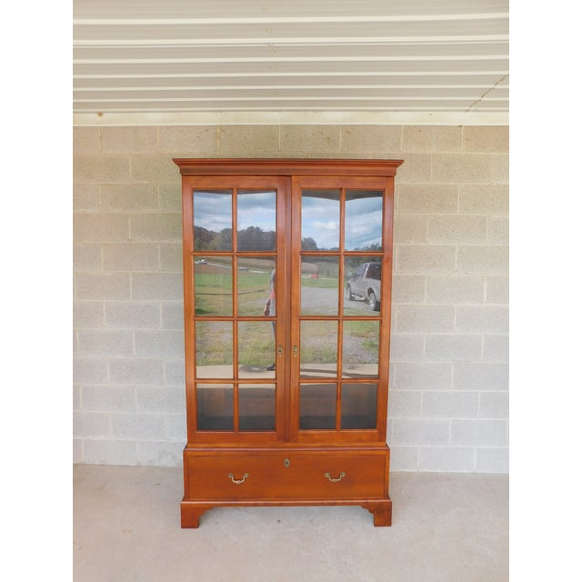 """Stickley Colonial Williamsburg Cherry Chippendale Style 2 Door Bookcase """"A"""" For Sale - Image 13 of 13"""