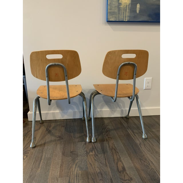 Brunswick Co. 1950s Vintage Brunswick Wooden School Chairs With Bent Tubular Steel Legs - a Pair For Sale - Image 4 of 11