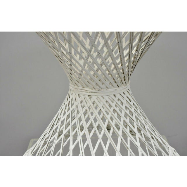 """Plastic Vintage Russell Woodard Spun Fiberglass Woven 18"""" Accent Side Table For Sale - Image 7 of 9"""