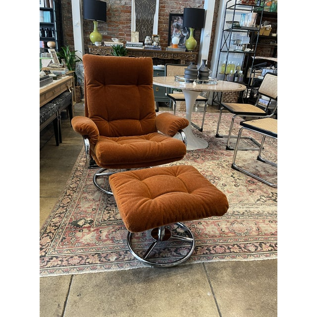 1990s Ekornes Rust Mohair Recliner and Ottoman For Sale - Image 10 of 10