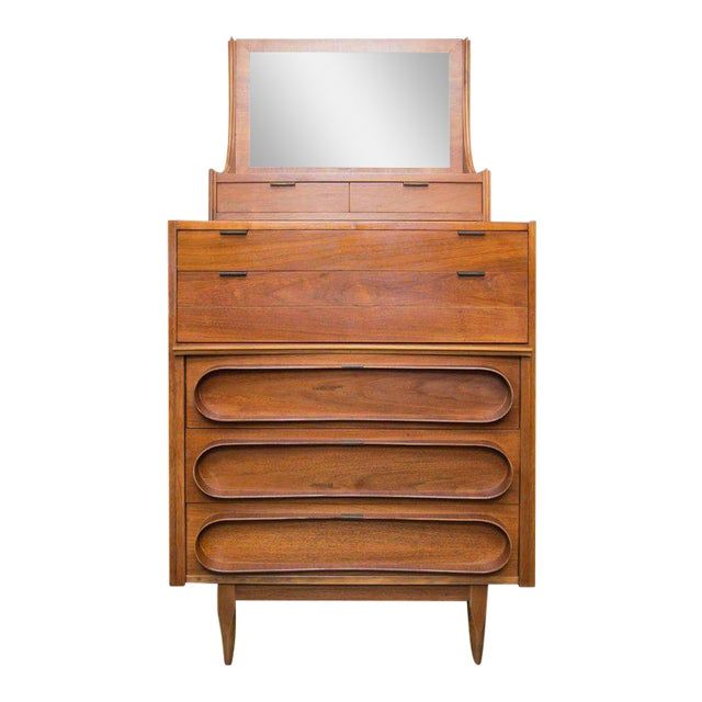 Walnut Bachelor's Chest in the Manner of Edmund Spence For Sale