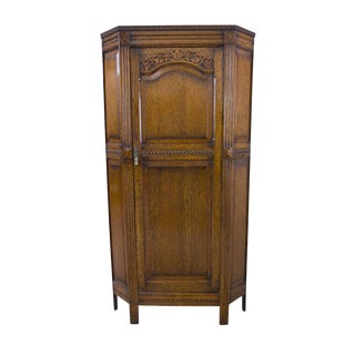 1900s Gothic Revival Oak Entry Hall Robe Cabinet For Sale