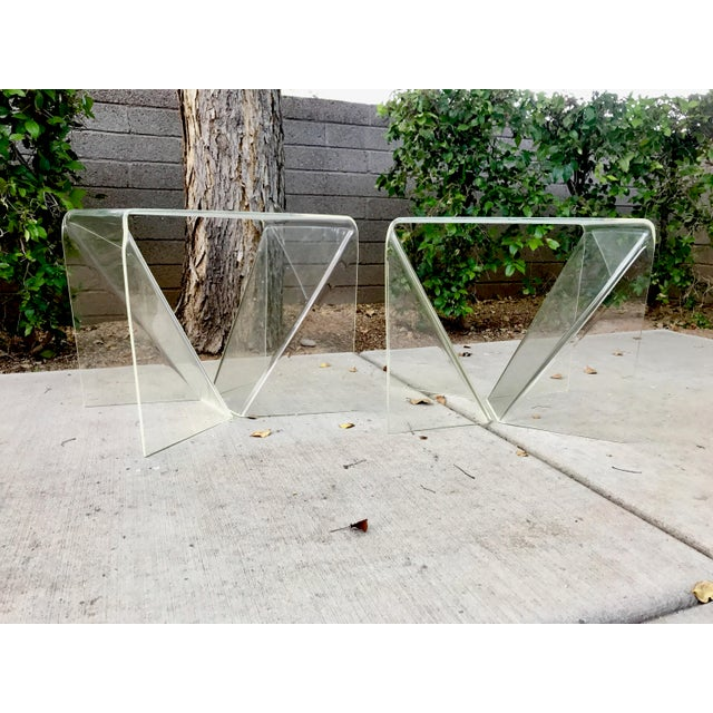 Neal Small Acrylic/ Lucite Tables - A Pair For Sale In Phoenix - Image 6 of 8