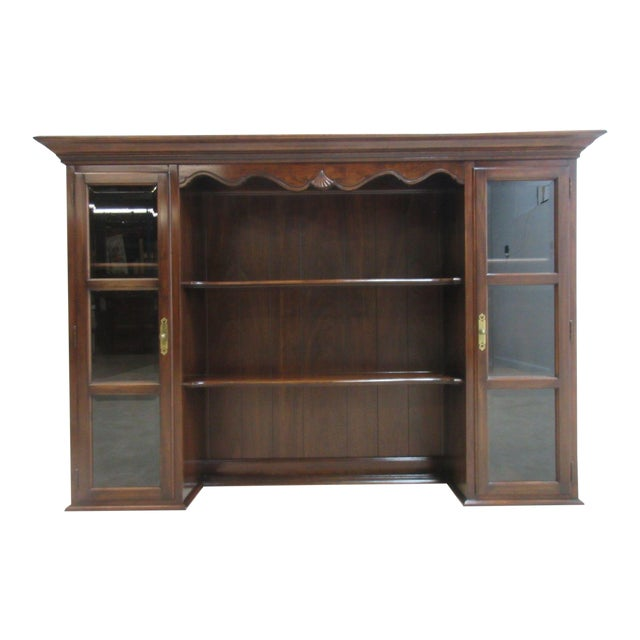 Ethan Allen Georgian Court Cherry Chippendale Buffet Sideboard Server Hutch Top