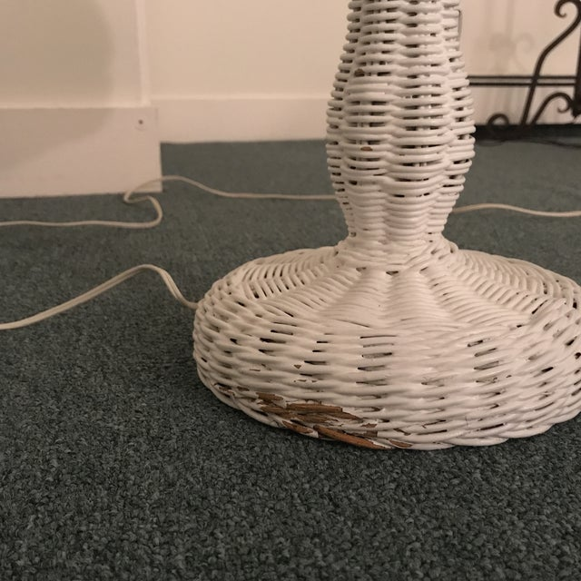 White 1950s Vintage Wicker Lamp For Sale - Image 8 of 13