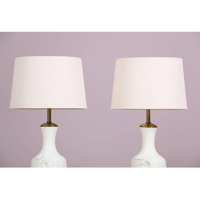 Boho Chic 1950s Italian Marbro Blanc De Chine Lamps - a Pair For Sale - Image 3 of 7